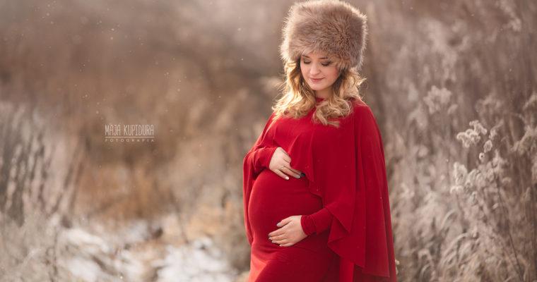 Ciążowe sesje plenerowe